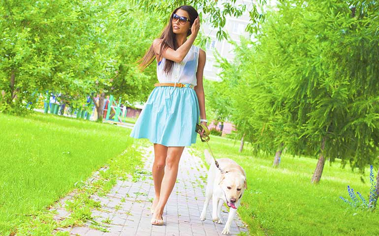 Four Ways Walking a Dog Makes You Sexier
