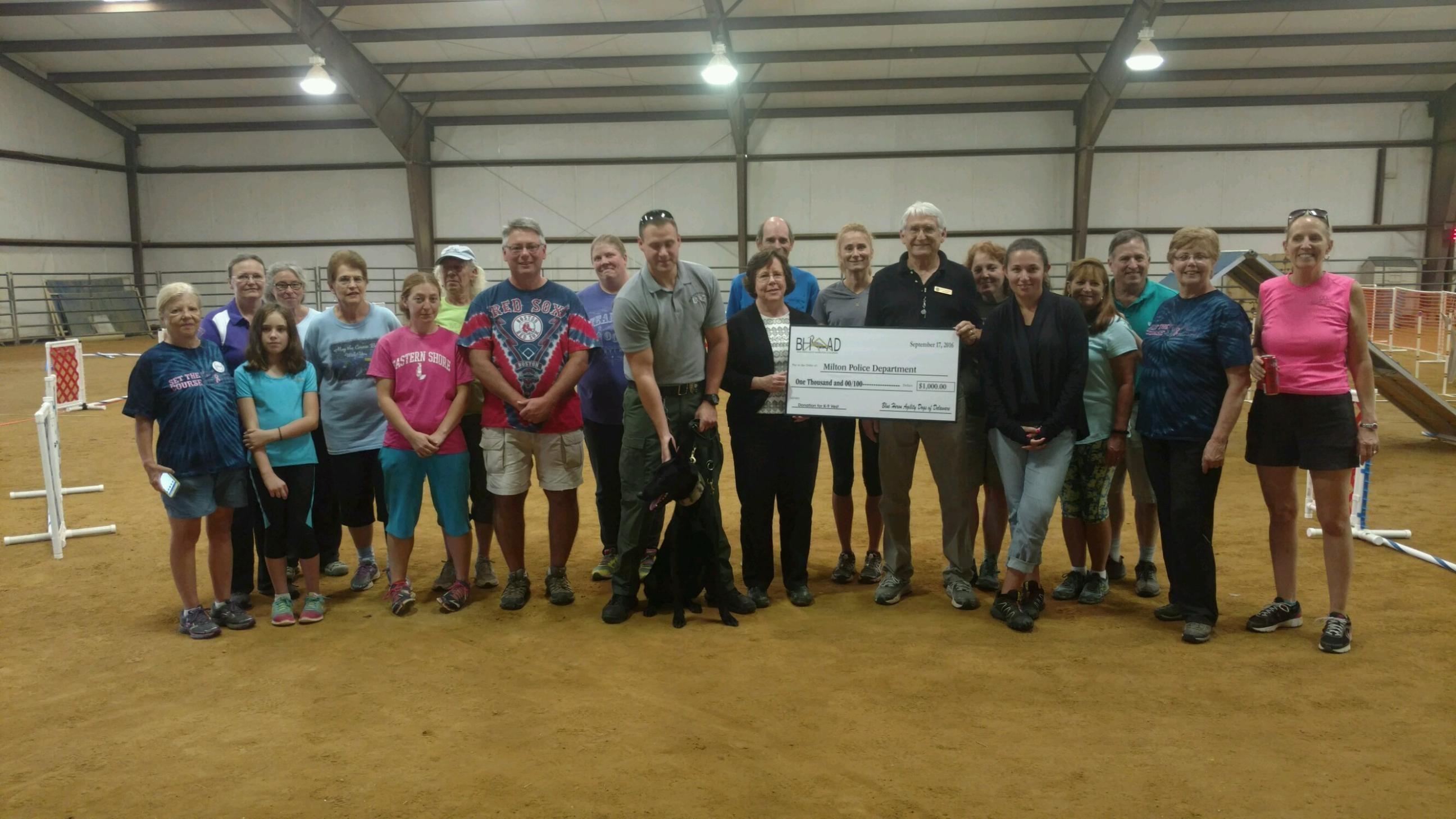 Blue Heron Agility Association of Delaware Donates Money for Police K-9 Vests