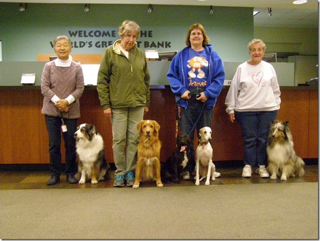 Rogue Valley Kennel Club members pass Urban CGC
