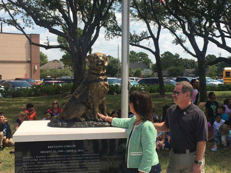 Last 9 11 Search Dog Honored In Hometown Hit By Hurricane